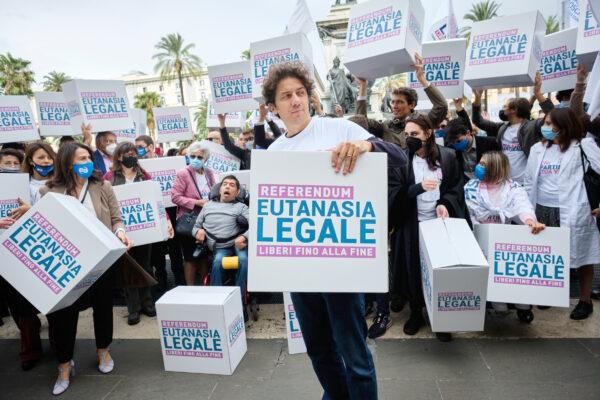 Referendum eutanasia, raggiunte più di 1 milione di firme