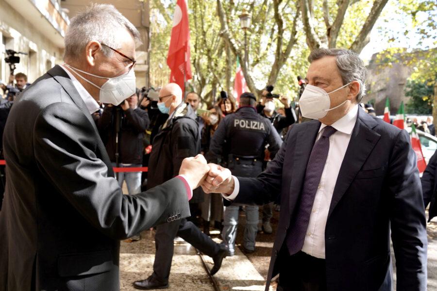 L'abbraccio tra Draghi e Landini è una svolta che mette ordine nel caos di queste ore