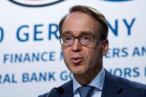 Lascia l'anti Draghi Weidmann, largo alle colombe nella Bce