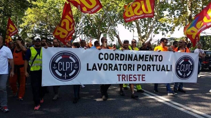 """Portuali di Trieste in rivolta, no al Green Pass e anche ai tamponi: """"Blocchiamo tutto a oltranza"""""""
