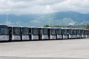 Fermi in deposito 70 bus nuovi, Atac ha le casse vuote e non paga l'ultima rata da 18 milioni
