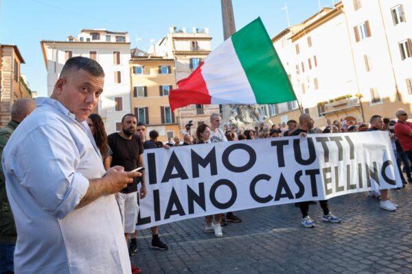 Chi è Giuliano Castellino, leader di Forza Nuova arrestato per la guerriglia no-Green pass di Roma