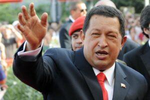 Presunti fondi neri 'venezuelani' al M5S, la procura indaga per riciclaggio e finanziamento illecito: i pm vogliono interrogare lo 007 Carvajal