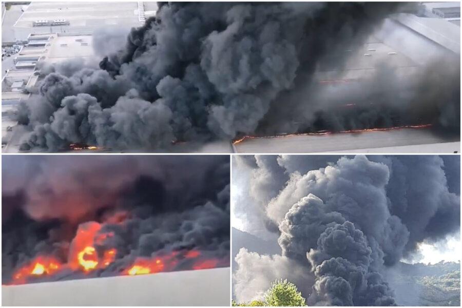 """Maxi incendio in un deposito di plastica, nube tossica su Napoli: """"Aria irrespirabile"""""""