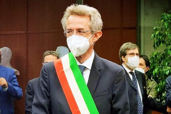 Napoli, Manfredi presenta la Giunta: i nomi di tutti gli assessori