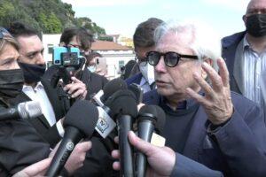 """Nino D'Angelo e la polemica coi neomelodici: """"Ripristiniamo la dicitura 'cantante napoletano'"""""""