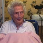"""La nonnina più anziana di Roma compie 112 anni, sopravvissuta a Spagnola Sars e Covid: """"Vaccinatevi"""""""