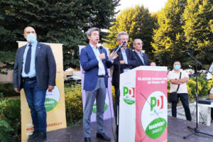 Conte, Fico e Orlando a Napoli: prove generali di alleanza in vista delle politiche 2023